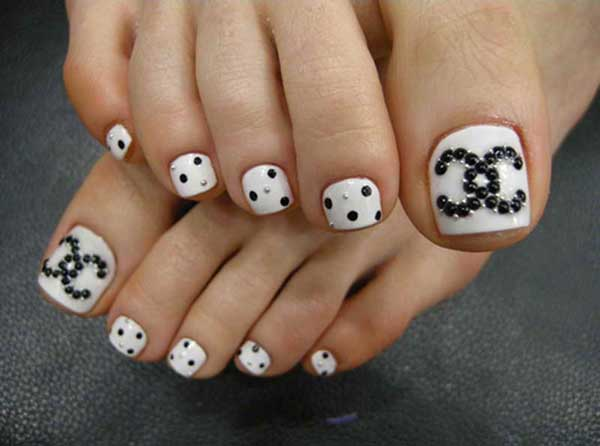 Cute-Easy-Toenail-Designs
