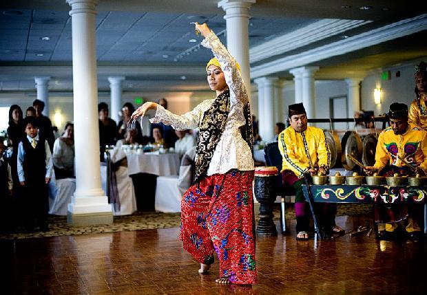 Filipino-Wedding-reception