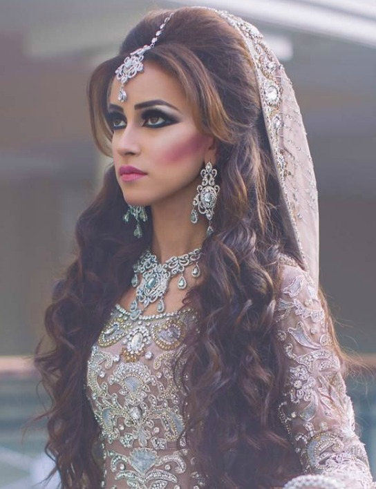 Indian Bridal hairstyle with Open Hair: