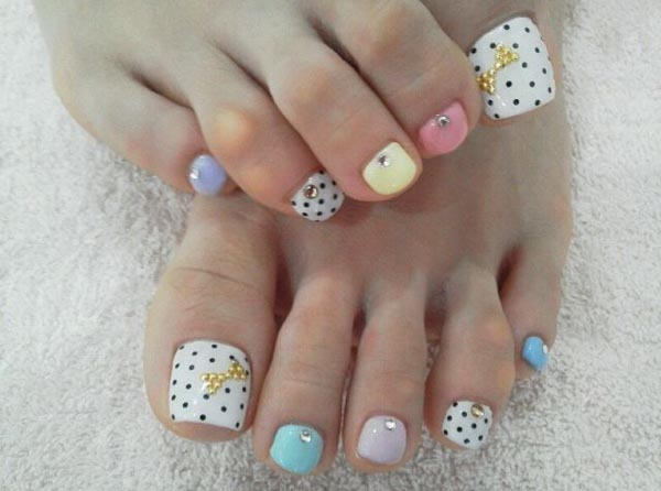 cool-toe-nail-designs