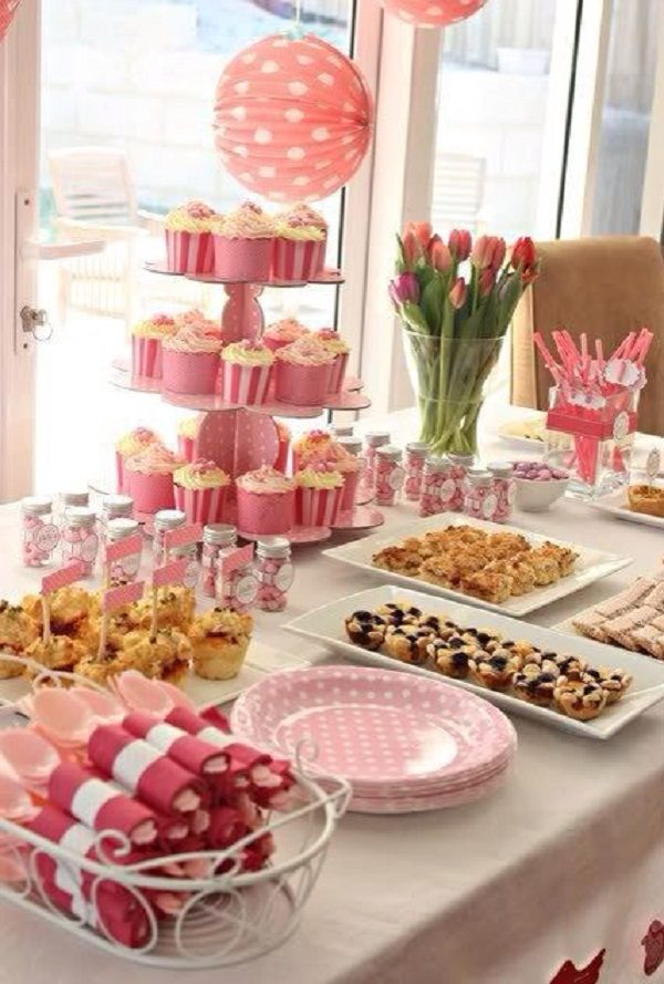 Baby shower ideas for girls easyday Baby shower table setting