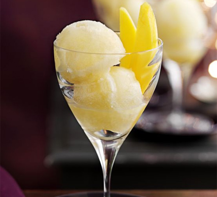 Pineapple sorbet with fresh mango