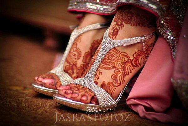 mehndi designs for feet 3
