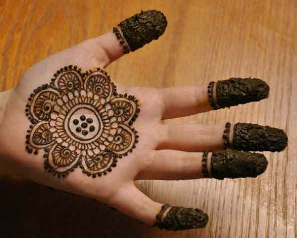 mehndi designs for hands 1