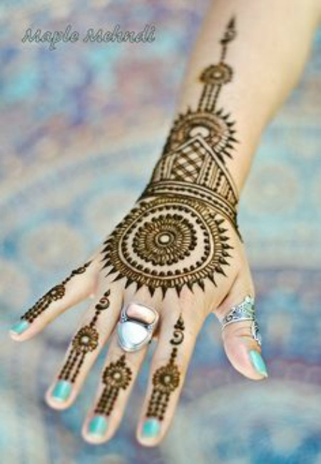 mehndi hand designs 1
