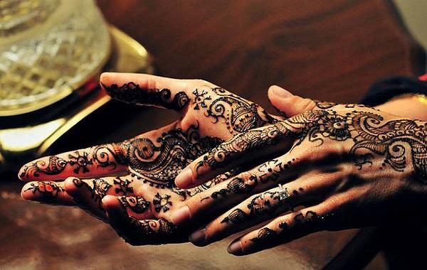 mehndi-hand-designs