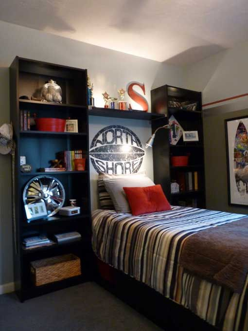 simple bedroom for boys