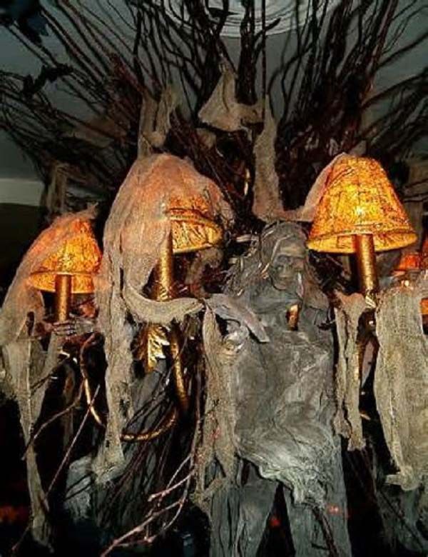 Scary Halloween Decorations  Easyd ~ 152424_Really Scary Halloween Decoration Ideas