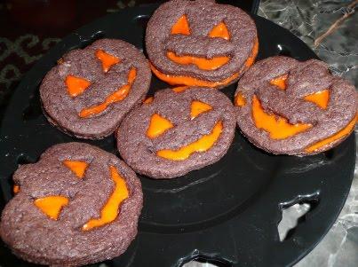 Jack O Lantern Vegan Cookies - thespookyvegan.com
