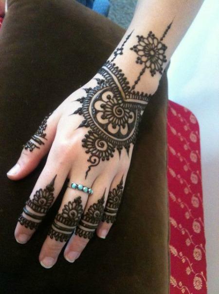 Arabic Mehendi Designs 19