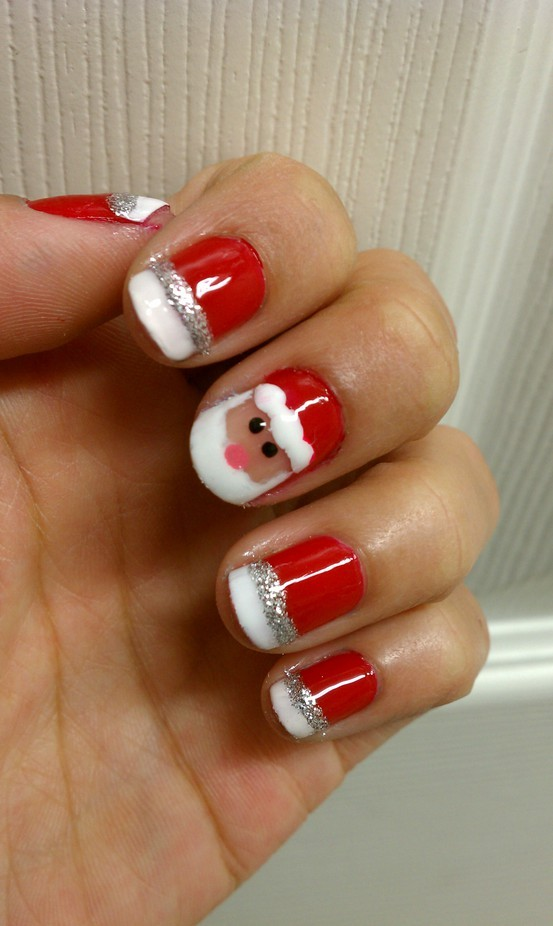 Santa Comes Home Thru My Nails