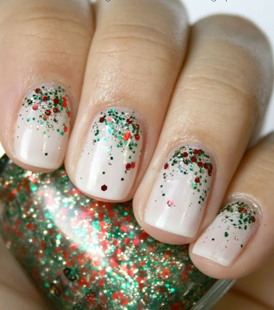 The 20 Best Christmas Nail Designs For You - Easyday