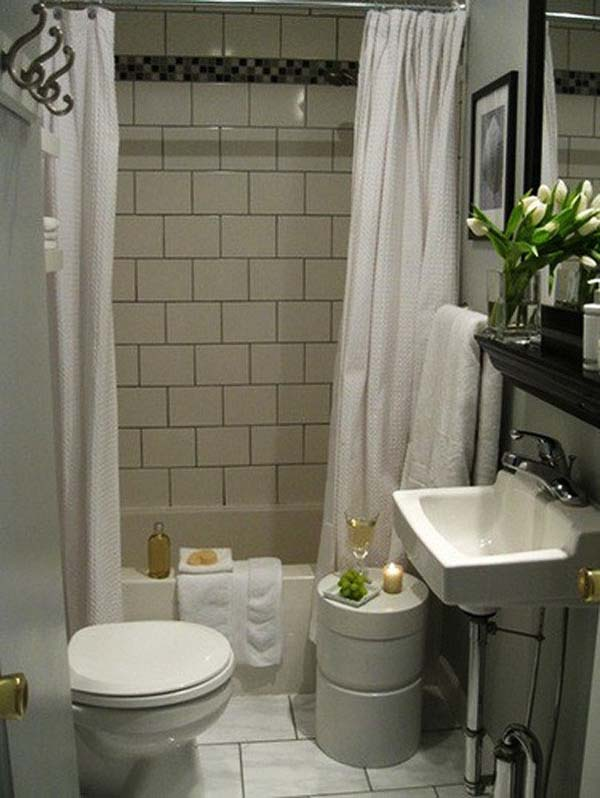 Classic Small Bathroom Design Tiny Tub White Curtain Washstand