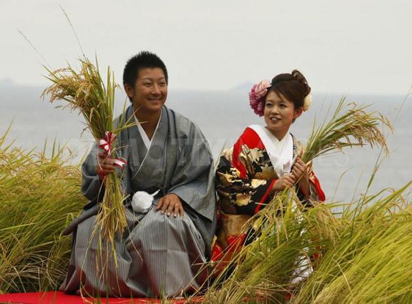 traditional-japanese-kimono