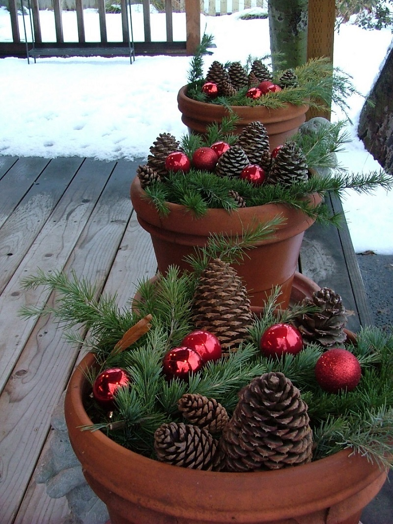 25 top outdoor christmas decorations on pinterest easyday for Exterior xmas decorations