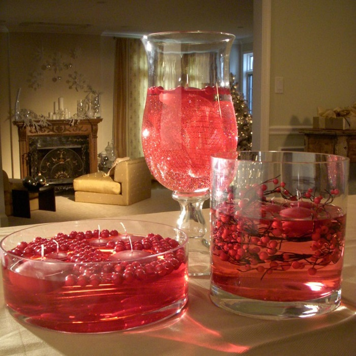 Floating-Cranberry-Christmas-Centerpiece