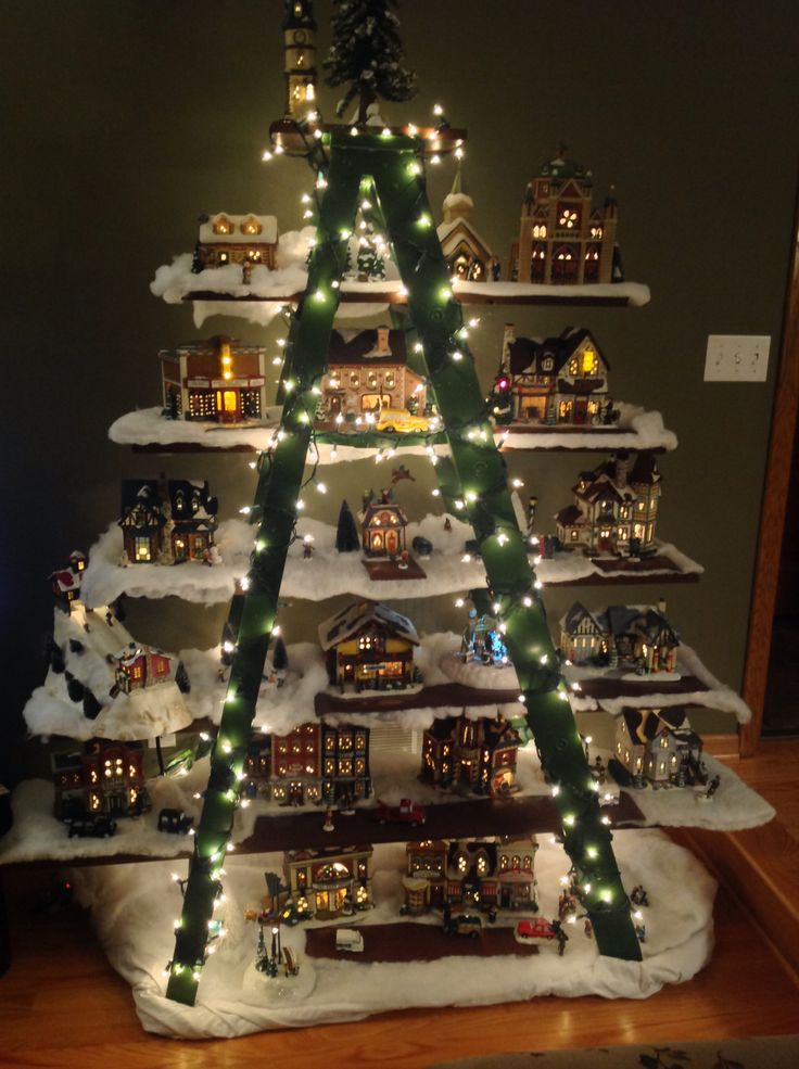 Ladder-Christmas-tree-for-holiday-houses