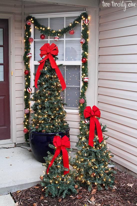 christmas-front-porch-daytime