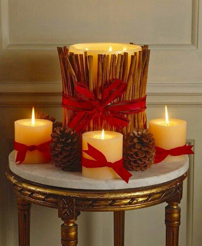 Candle-with-candy-and-ornaments