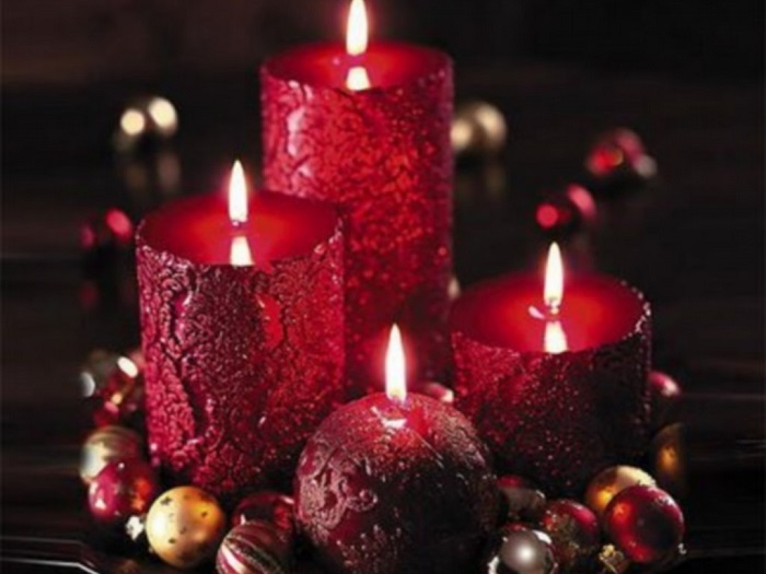 Candles-Colored-Red-candles