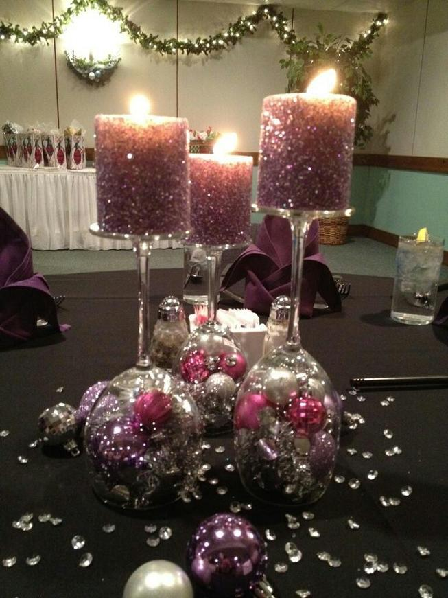 Chrismas-Candle-with-wine-glass