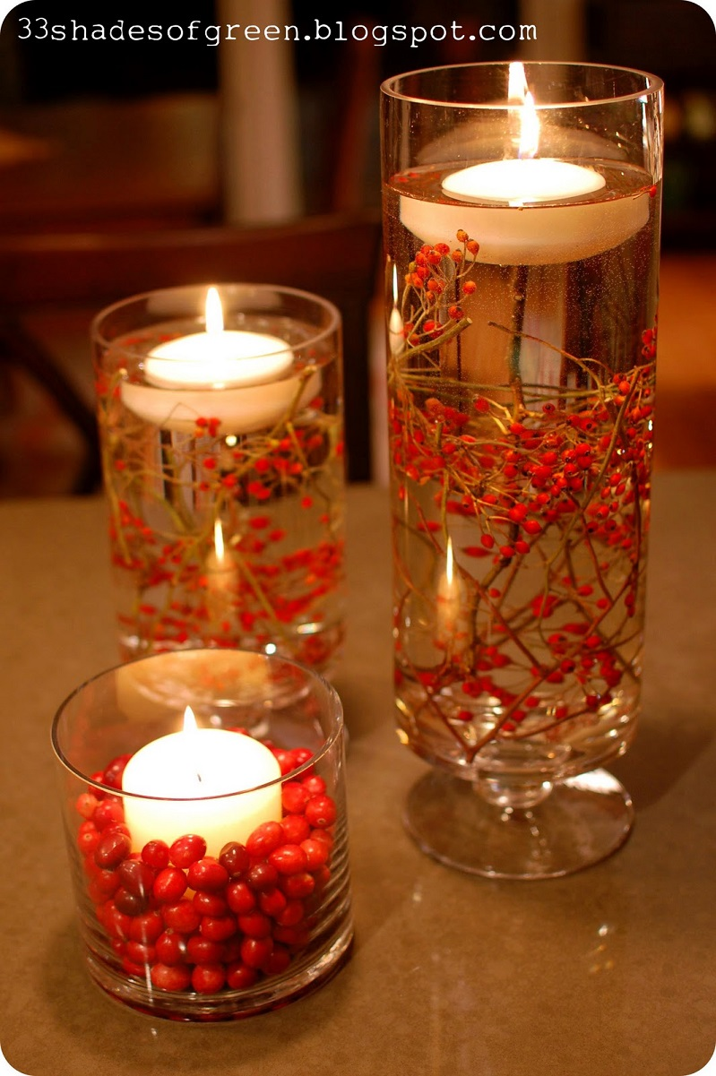 Christmas-Table-with-floating-Candle