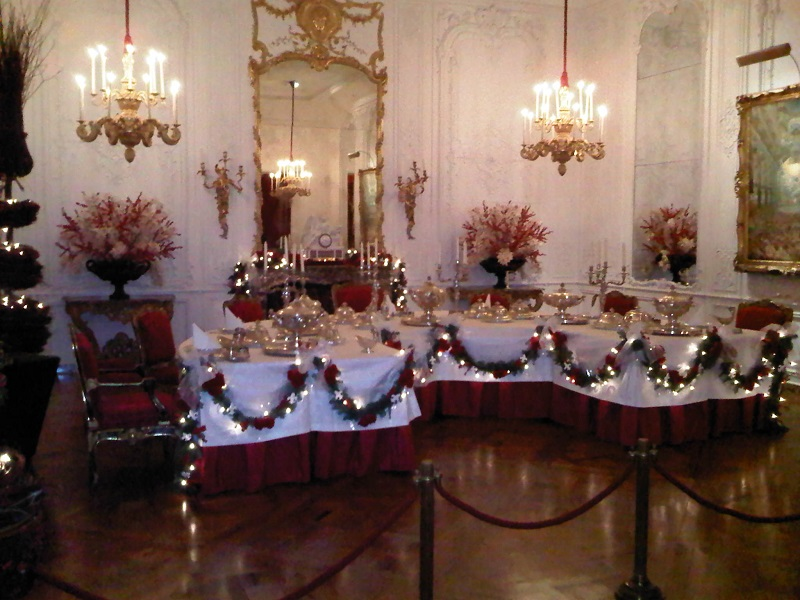 Christmas_dining_room