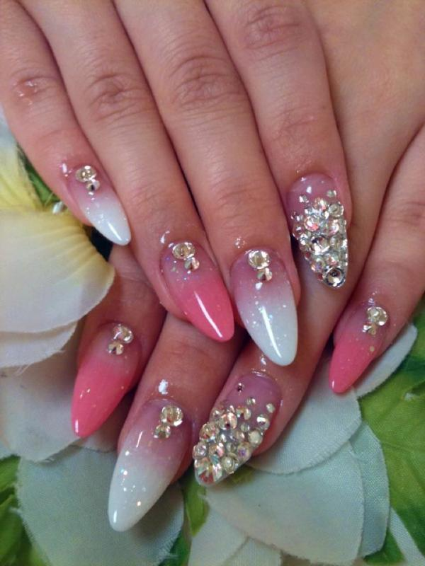 Top 51 Most Beautiful Christmas Nail Art Ideas For You To Try - Easyday