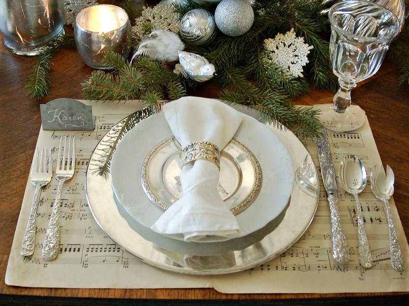 Marian-Parsons-White-Silver-Place-Setting-christmas