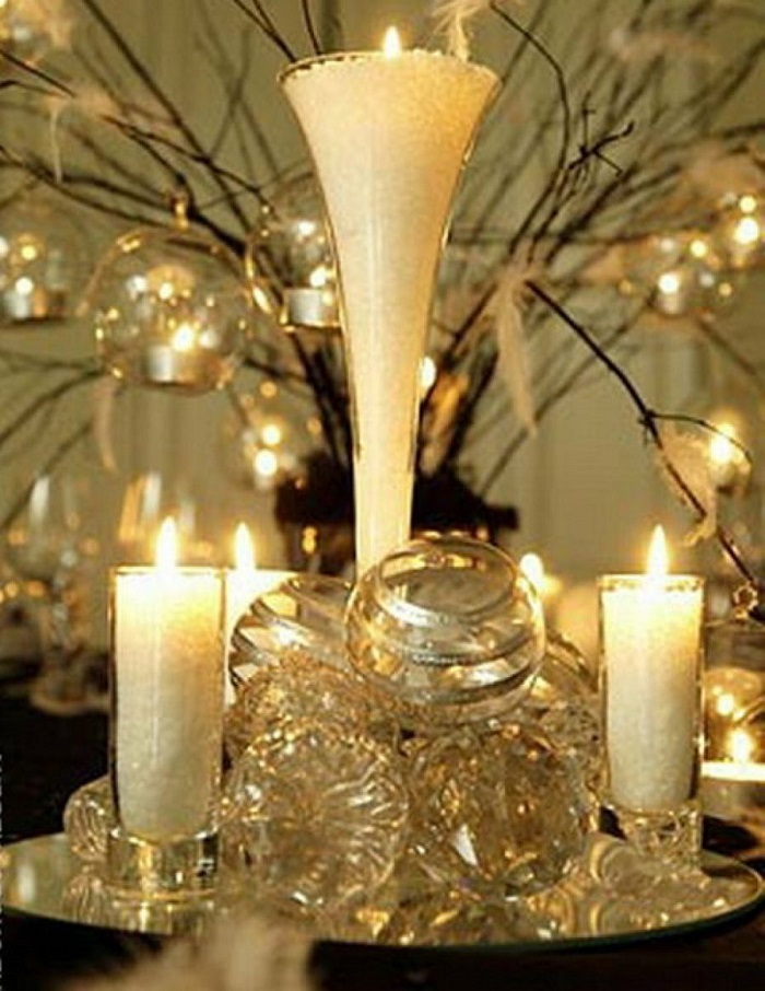 white -christmas-candles-decor