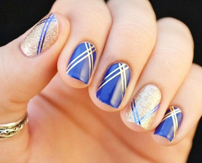 cuded-blue-and-gold-nail-art-8