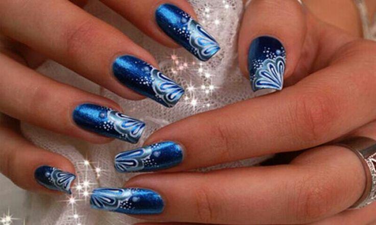 long-blue-nails-6