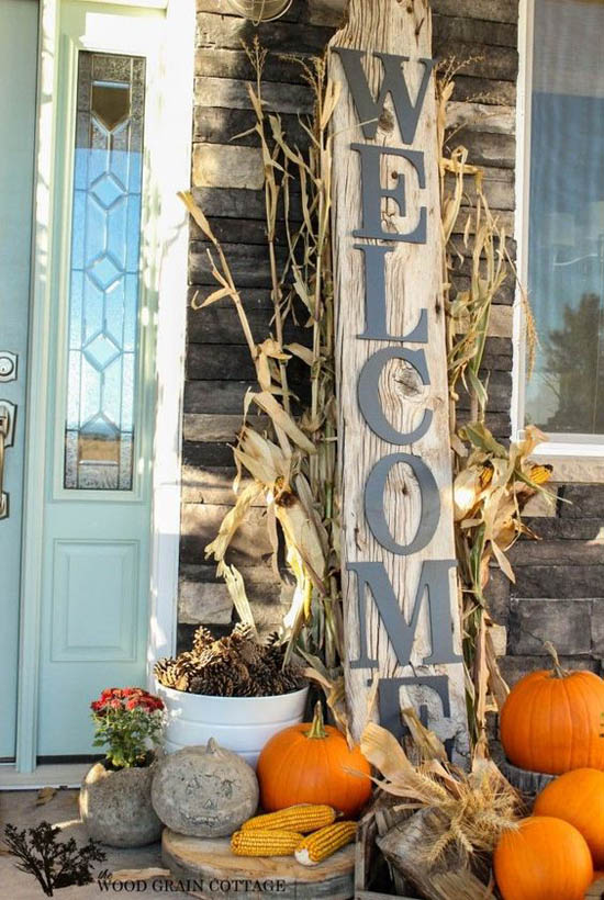 Decorating Ideas > 30 EyeCatching Outdoor Thanksgiving Decorations Ideas  ~ 042623_Outdoor Thanksgiving Decorations