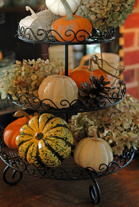 decorating-with-pumpkins-16