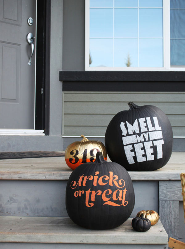 decorating-with-pumpkins-22