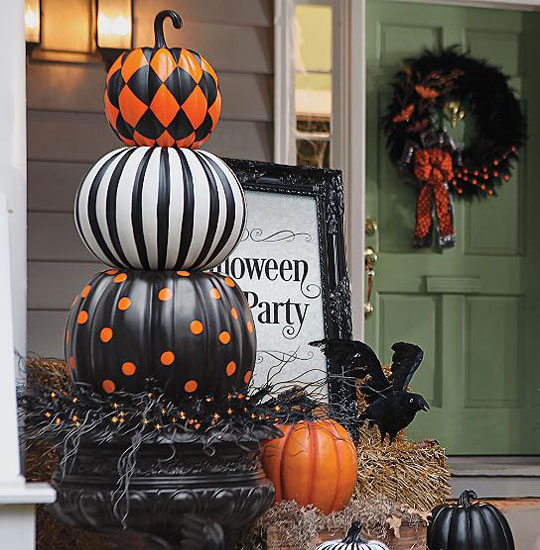 decorating-with-pumpkins-24