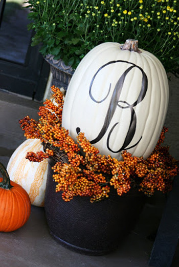 decorating-with-pumpkins-27