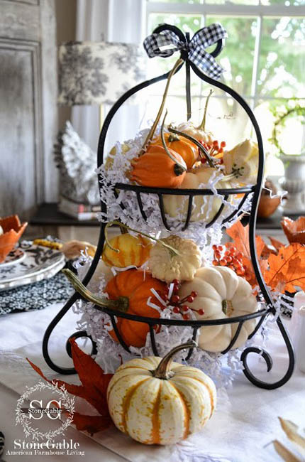 decorating-with-pumpkins-5
