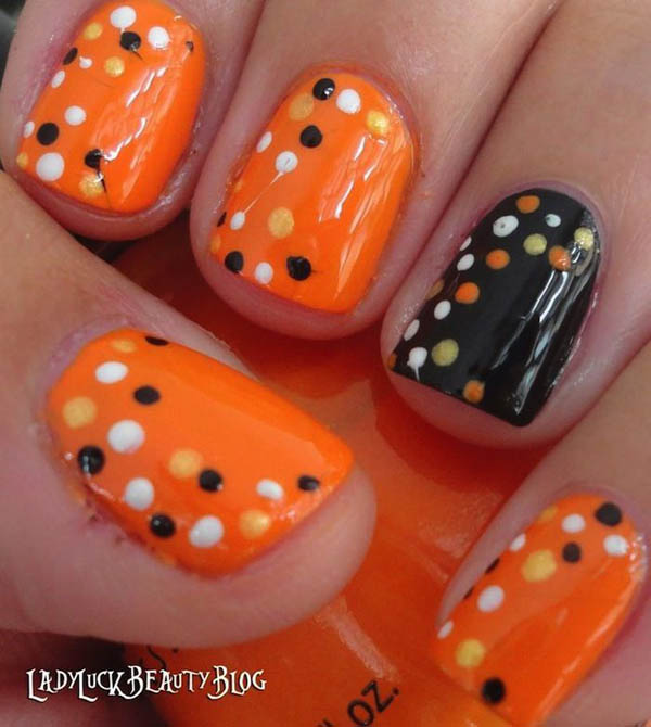 halloween-nail-art-design-12