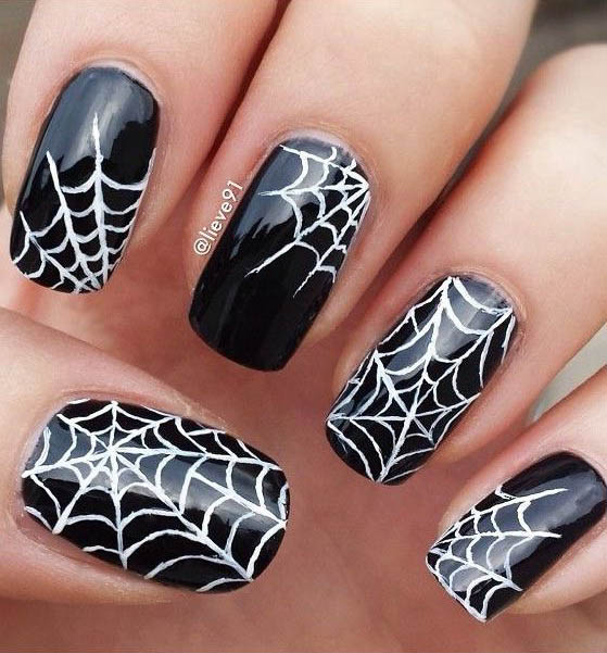 halloween-nail-art-design-14