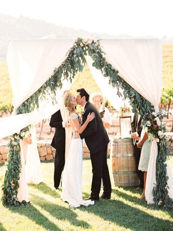 wedding-backdrop-ideas-14