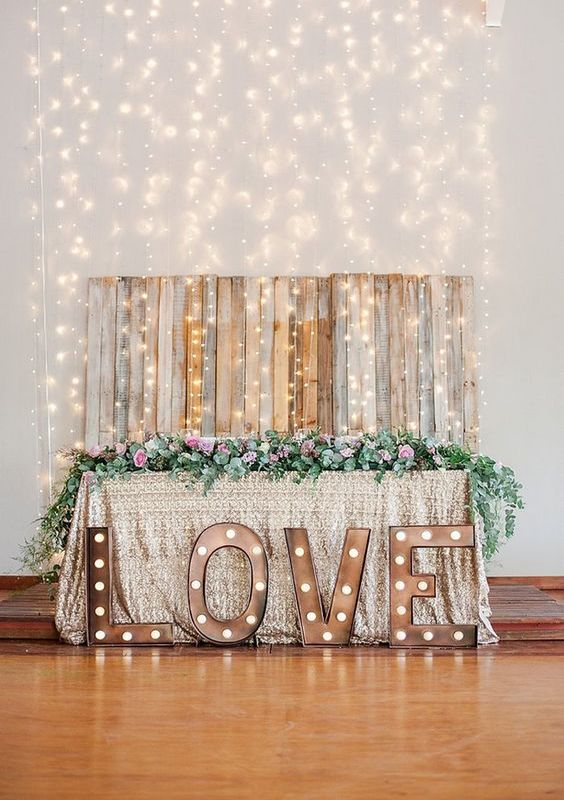 wedding-backdrop-ideas-30
