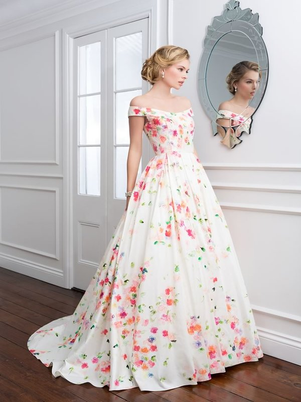 Gorgeous wedding gown designs and ideas easyday for Design wedding dress online