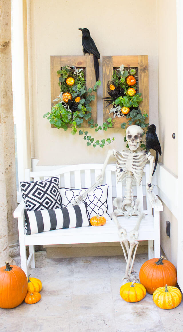 Halloween Porch Decoration Ideas 10