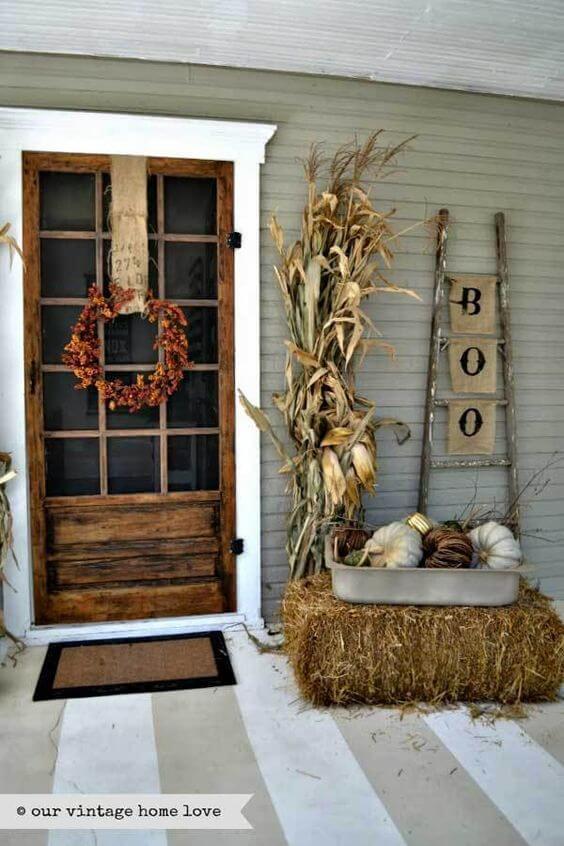 Halloween Porch Decoration Ideas 19
