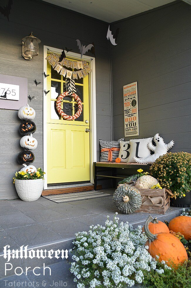 Halloween Porch Decoration Ideas 20