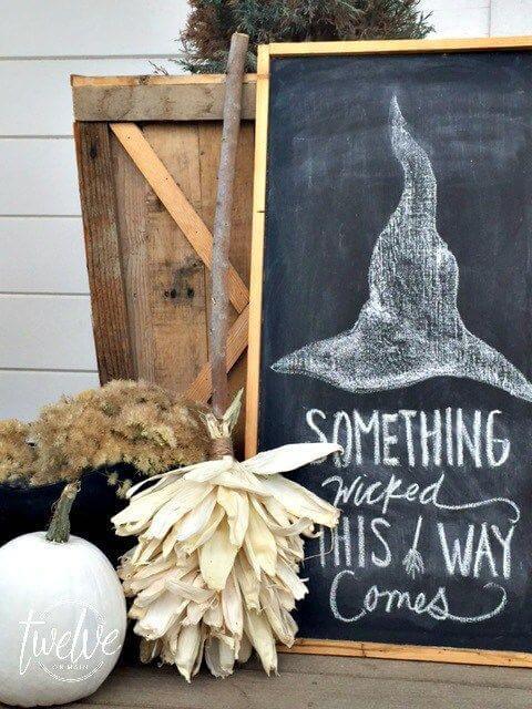 Halloween Porch Decoration Ideas 24