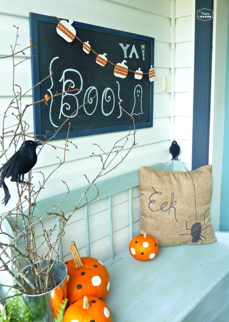 Halloween Porch Decoration Ideas 29