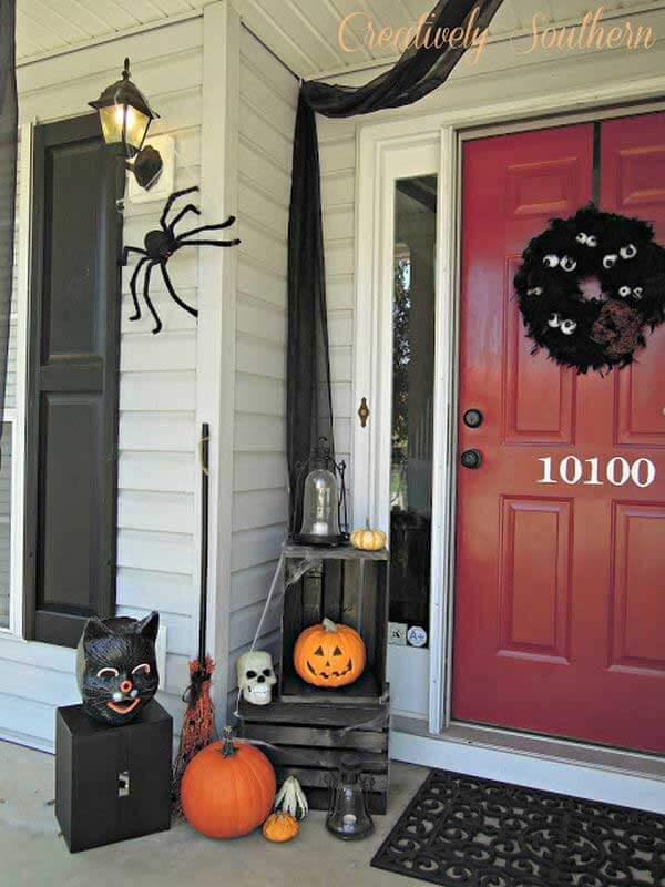 Halloween Porch Decoration Ideas 7