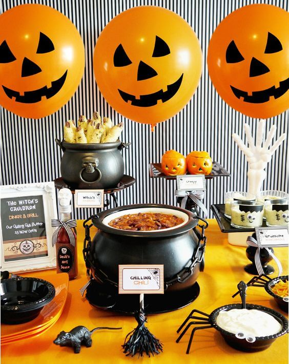 Halloween Table Decoration Ideas